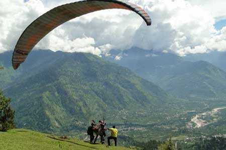 Kerala to Manali honeymoon packages