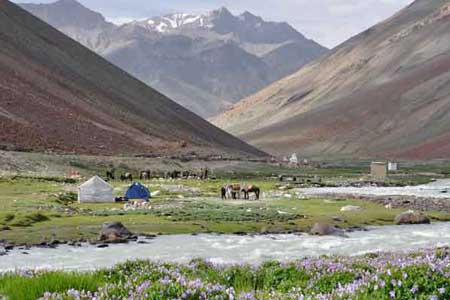 Kolkata to Manali tour packages