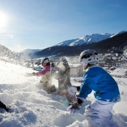 Manali tour package from Surat 2 Nights 3 Days by Flight